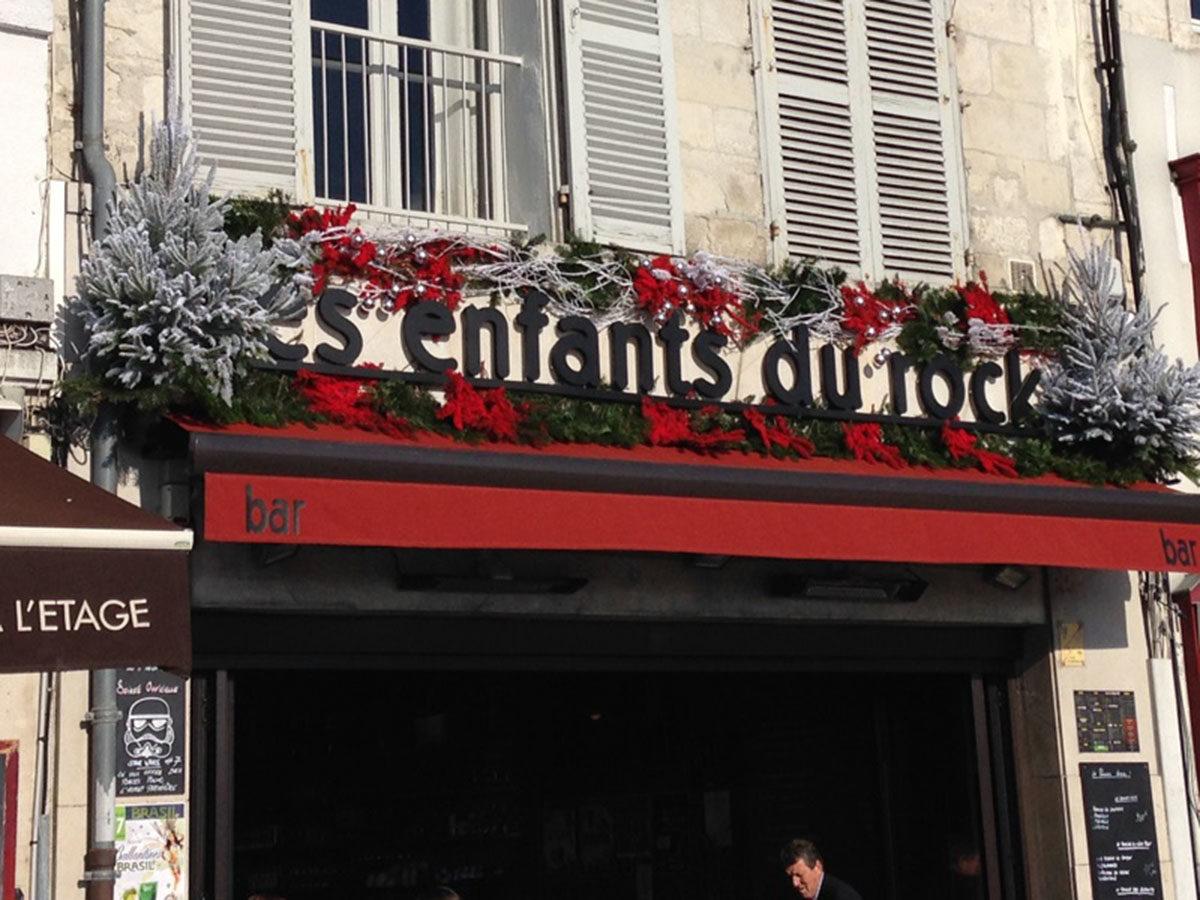 décoration-facade-bar-larochelle
